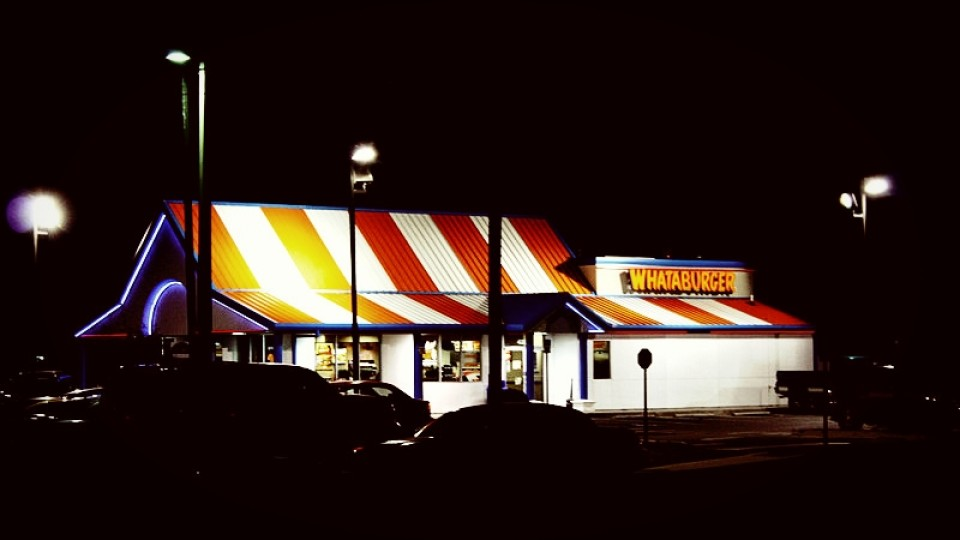 Man Eating Whataburger Shoots Armed Robber