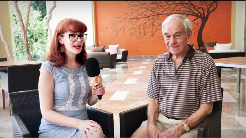 Ron Paul Joins 'Bitcoin Girl' From Cancun, Mexico